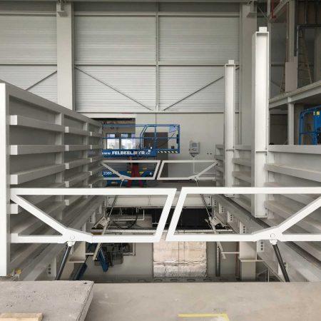 Schwerlast-Deckenklappe gefertigt von Firma Linzner für Engle Austria