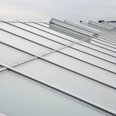 Stahl-Glas-Konstruktion am Dach der Firma Trumpf, ausgeführt von Firma Linzner