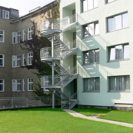 Stahl-Treppen-Turm ausgeführt von Firma Linzner